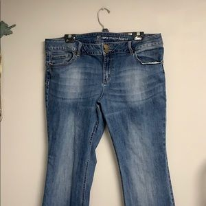 NY & C Curve Creator Bootcut Jeans Size 18